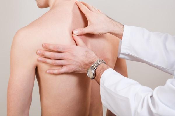 Schmerztherapiebehandlung nach Liebscher und Bracht